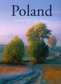 Polska ziemia w światłach i cieniach (wersja ang.) - okładka książki