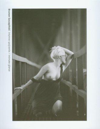 Intymne spojrzenie - okładka książki