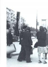 Kronikarki. Fotografie Warszawy 1945-1946    The Chroniclers. Photographs of Warsaw 1945-1946 - okładka książki