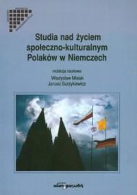 Studia nad życiem społeczno-kulturalnym - okładka książki