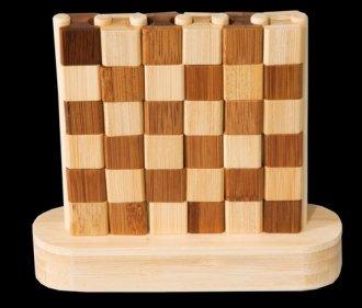 IQ-Test. Gra czwórka. Wygrywa bambus - zdjęcie zabawki, gry