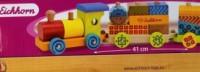 Kolorowy drewniany pociąg - zdjęcie zabawki, gry