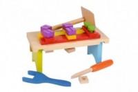 Zestaw drewnianych klocków (stolik warsztatowy) - zdjęcie zabawki, gry