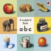 ABC A Ladybird Vintage Board Book - okładka książki